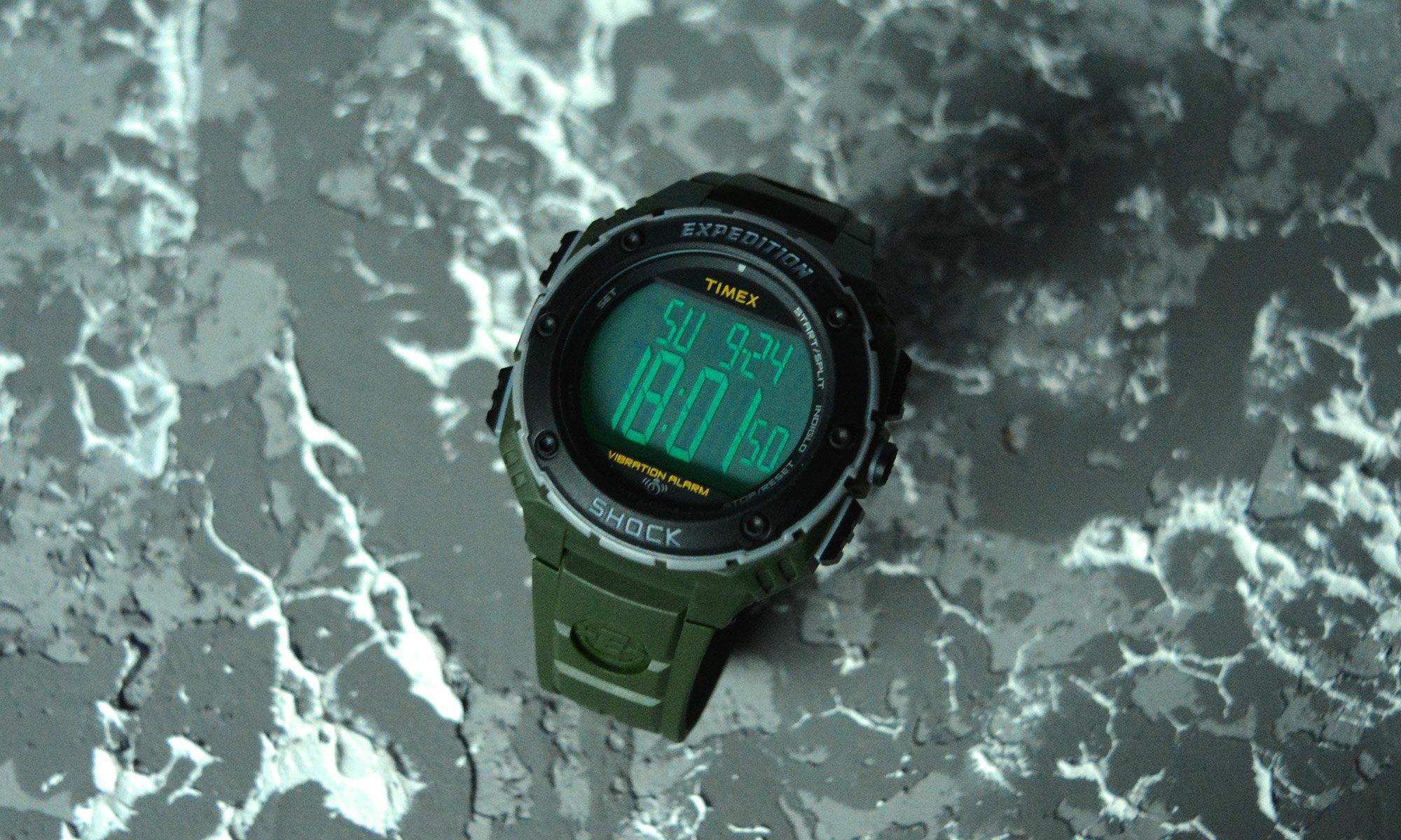 Электронные часы Timex