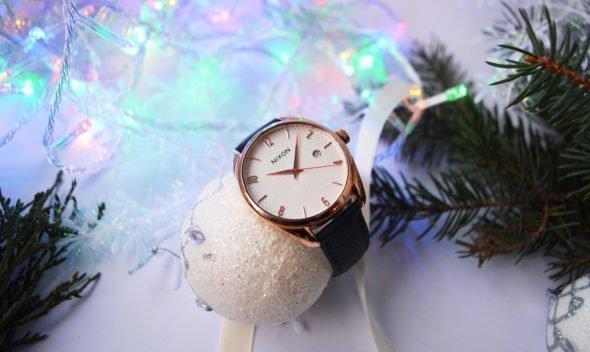 женские часы к Новому Году