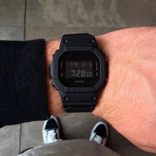 Часы Casio DW-5600BB-1ER_photo